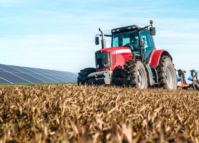 Nadchodzą długo wyczekiwane dotacje dla rolników na fotowoltaikę – nawet do 90 proc. kosztów